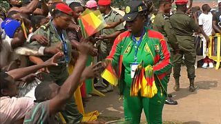 Les Lions reçus en triomphe par leurs supporters [no comment]