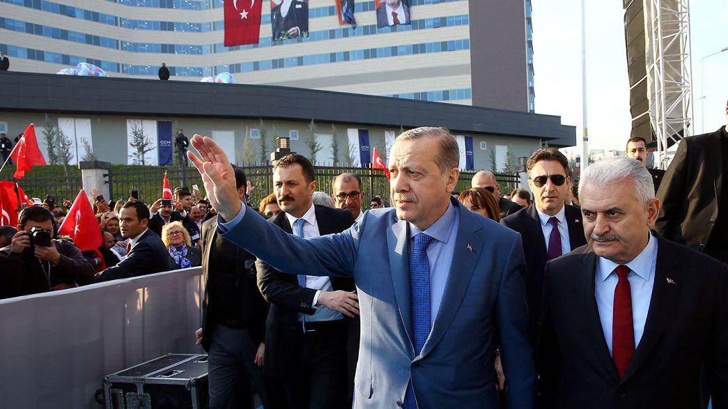 Чистка продолжается: в Турции уволены еще 4,5 тысячи госслужащих