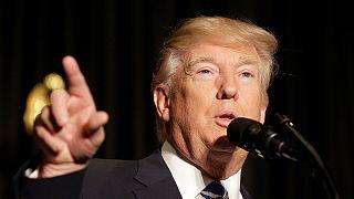 Trump şeriflerle buluştu, mahkemelere yüklendi