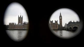 Les députés britanniques votent le projet de loi ouvrant la voie au Brexit