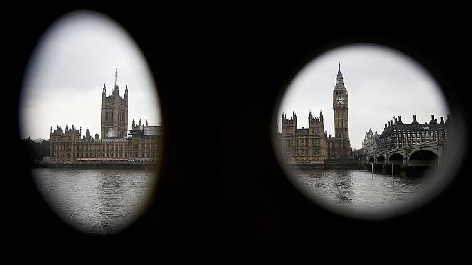Brexit yasa tasarısı Avam Kamarası'ndan onay aldı