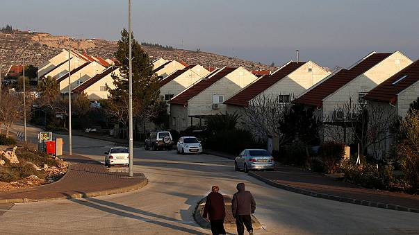 Bürgerrechtler reichen Petition gegen Siedler-Gesetz ein