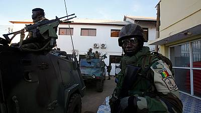 Gambie: trois mois de plus pour la mission de la Cédéao