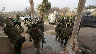 Syrische Rebellen kurz vor der Eroberung einer vom IS gehaltenen Stadt in der Provinz Aleppo