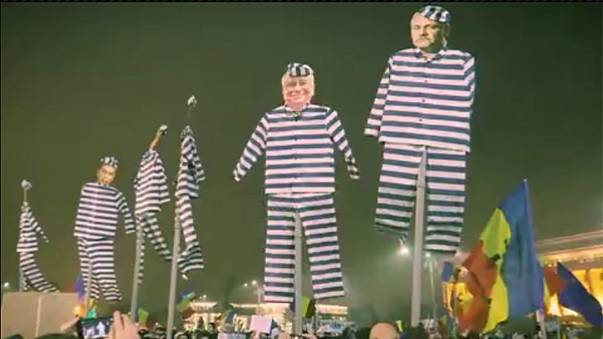 Watch: Romania's leaders 'appear' as convict cut-outs at Bucharest protest