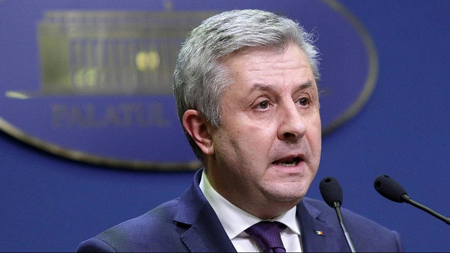 Romanian justice minister quits over corruption decree