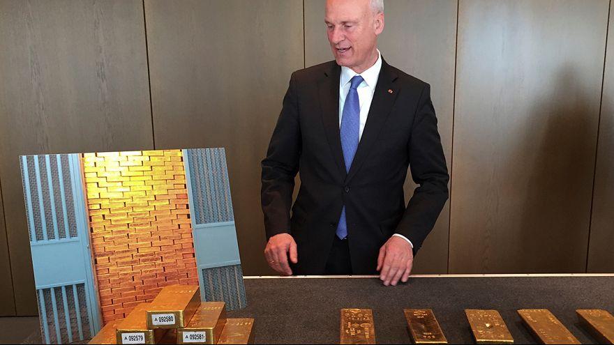 Германия досрочно завершает план возврата золотого запаса