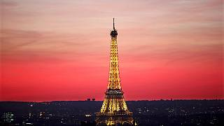 Bulletproof glass to be built around Eiffel Tower in response to terrorism threat