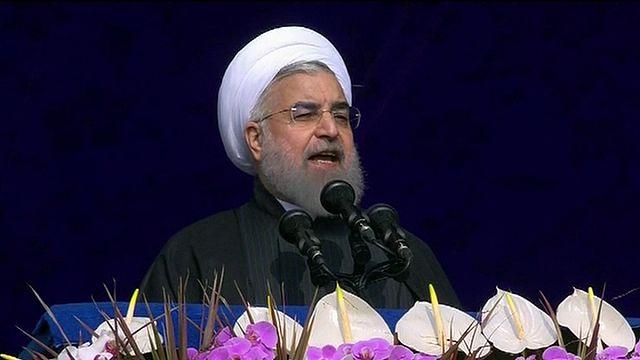 Ruhani, İran İslam Devrimi'nin 38. yıl dönümünde Trump'a yüklendi