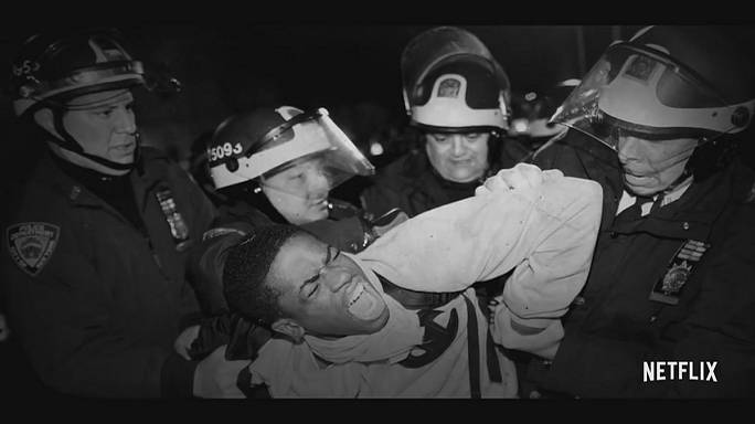 """وثائقي """"الثالث عشر"""": إلغاء العبودية واستبدالها بالحرب على الجريمة في الولايات المتحدة"""