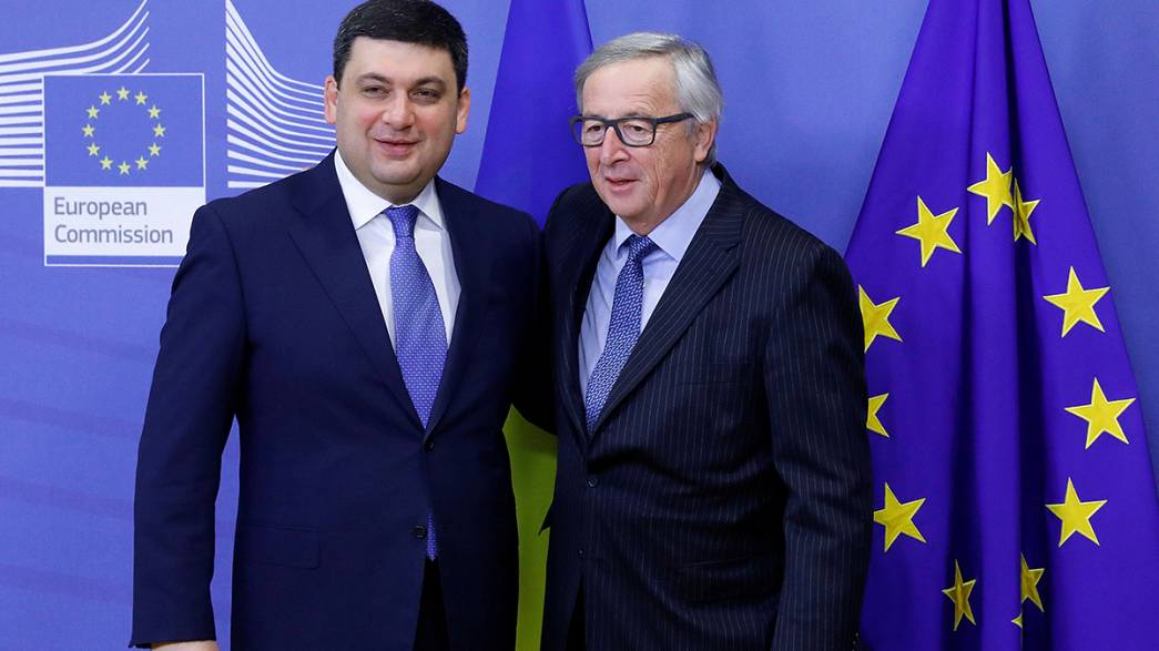 Juncker espera que se liberalicen de los visados para Ucrania antes del verano