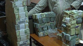 Nigeria : saisie d'environ 9 millions $ en liquide chez l'ancien directeur de la compagnie pétrolière