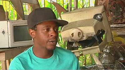 Zimbabwean sculptor transforms waste into valuable art