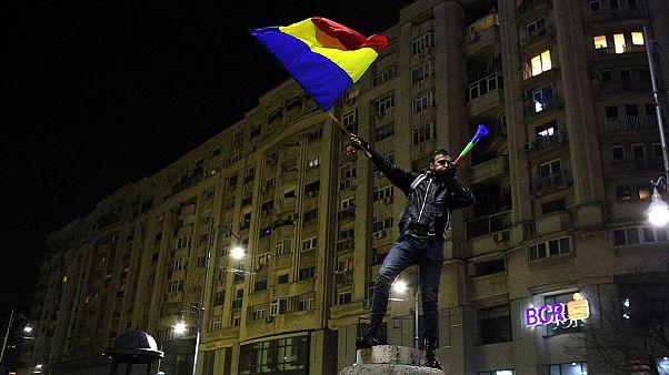 Continúan las protestas antigubernamentales en Rumanía