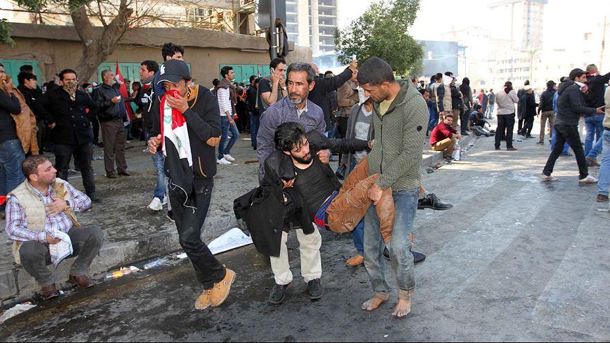 Irak'ta yolsuzluğu protesto şiddete dönüştü: 7 ölü