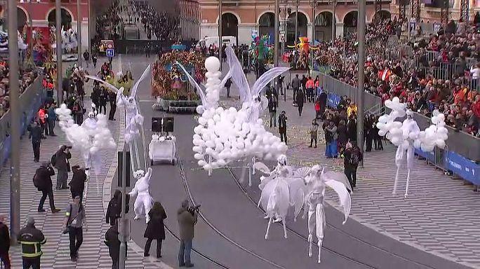 Festejos do Carnaval arrancam em Nice com segurança apertada