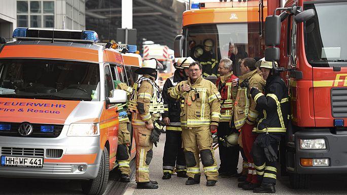 إصابة 68 شخصا في مطار هامبورج الألماني بعد تسرب لغاز مجهول
