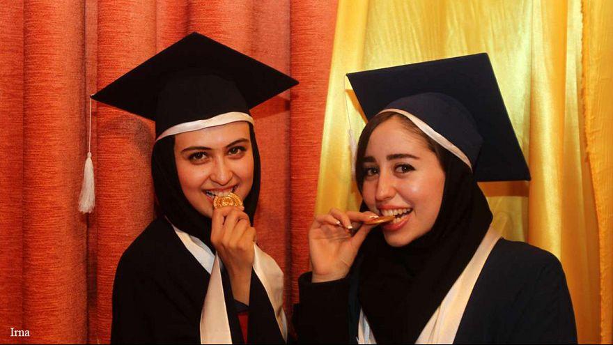 ۶ دانشگاه دولتی در ایران، بیشترین آمار خروج از کشور را دارند