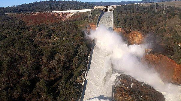 Rischio esondazione per la più grande diga degli Usa