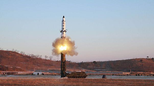 Sikeresen tesztelte ballisztikus rakétáját Észak-Korea