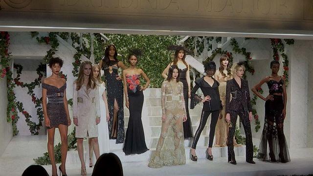 """Неделя моды в Нью-Йорке - от эпохи хиппи до """"лихих 90-ых"""""""