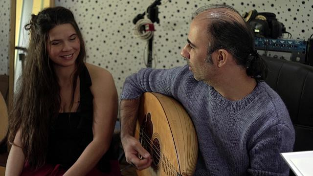 Hatice & Larkos: We are Cypriot Cypriots