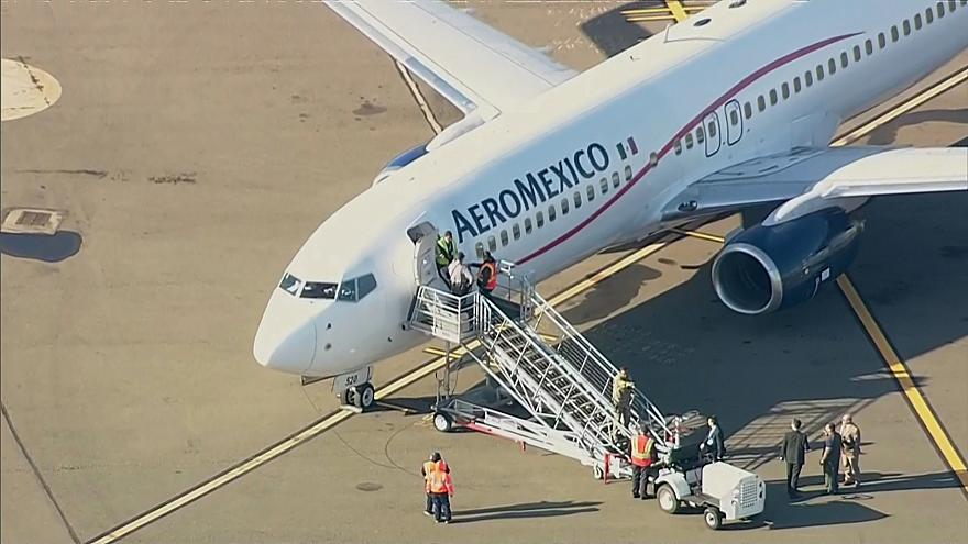 Image: Aeromexico plane diverted to Oakland