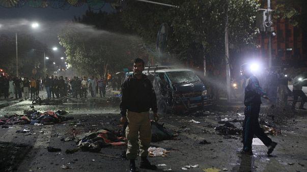 Öngyilkos merénylő robbantott Pakisztánban