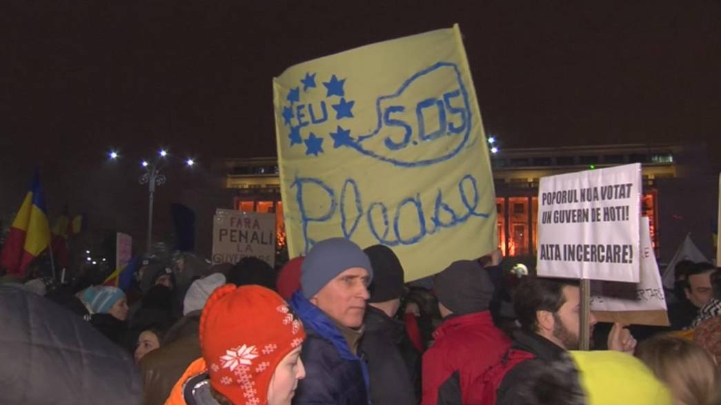 Romanian protesters call on EU for help