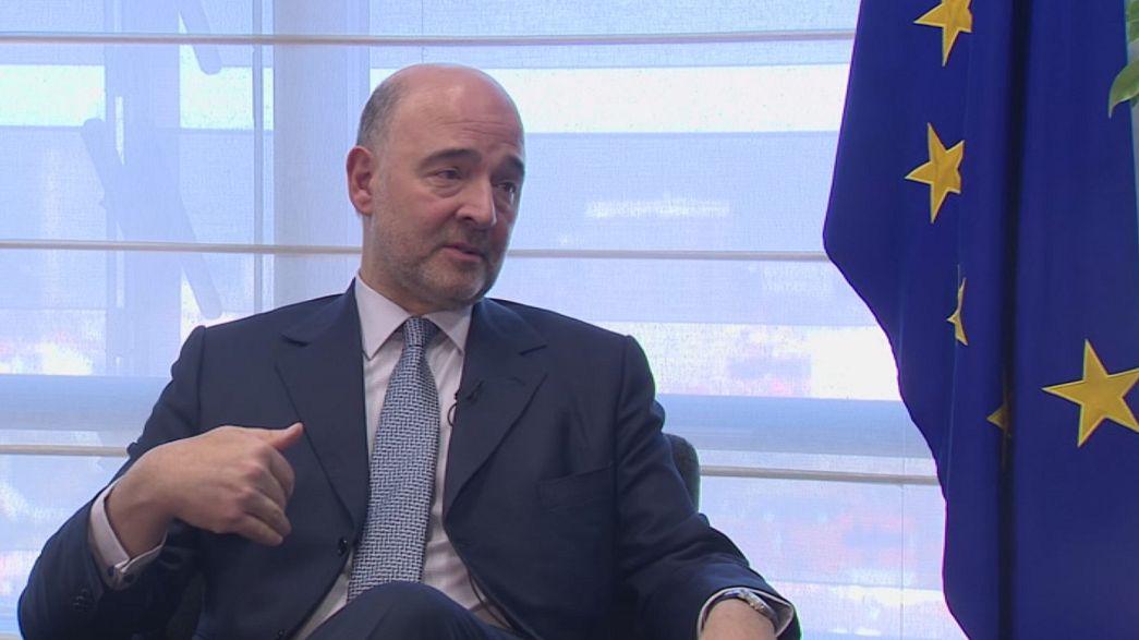 """Comissário Europeu Moscovici garante que """"Grexit não é uma opção"""""""