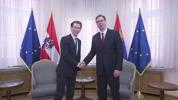 Austria agradece a Serbia su ayuda para cerrar la ruta de los Balcanes