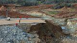 California. A rischio crollo parte della diga di Oroville