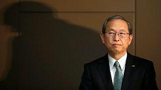 Глава Toshiba ушел в отставку из-за финансового кризиса