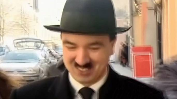 Hitler-Imitator in Österreich festgenommen