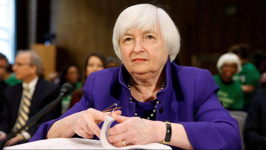 """مثول """"جانييت يلين"""" أمام لجنة الشؤون المصرفية"""