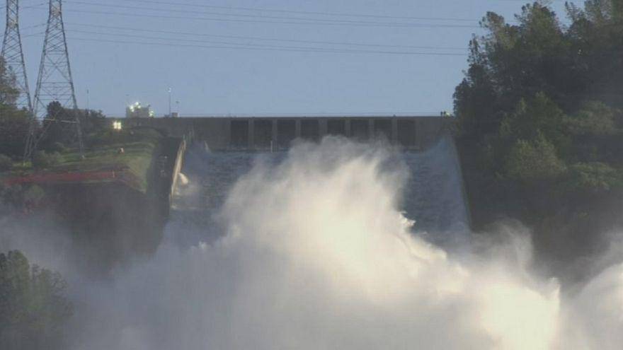 Оровилльская плотина: эвакуированным калифорнийцам разрешили вернуться по домам