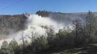 Oroville residents begin to return home after California dam crisis eases