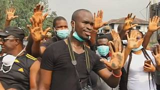 Nigerians demonstrate over soot pollution