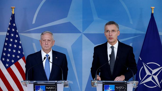 Глава НАТО и Пентагона призвали членов альянса раскошелиться