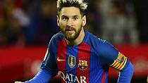 Messi cancels charity trip to Egypt after Barca loss