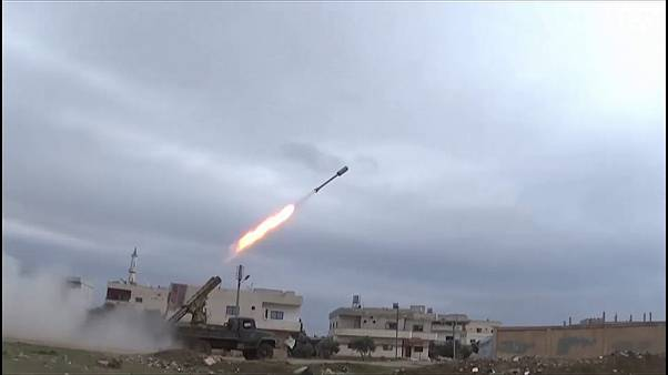 Syria conflict: fierce fighting in southern city of Daraa