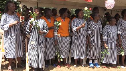 Jailed women celebrate valentine's day in Kenya [no comment]