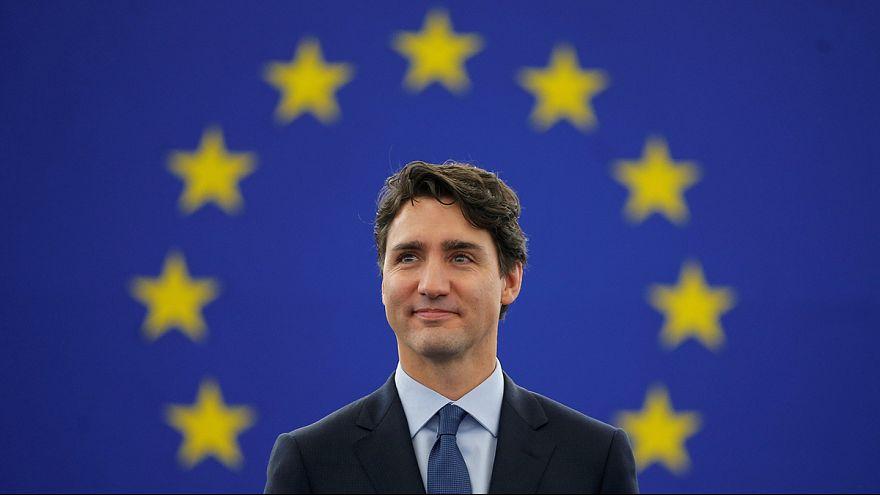 Breves de Bruxelas: Trudeau em Estrasburgo e Mattis em Bruxelas