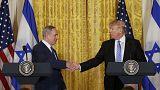 Conflito israel-palestiniano: Trump admite solução de um só estado
