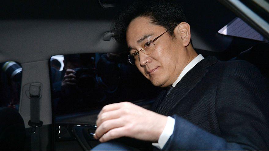 Schock in Südkorea: Samsung-Kronprinz wegen Korruptionsverdacht in Haft