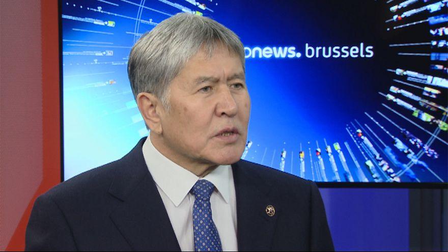 Interjú: Brüsszelben járt a kirgiz elnök