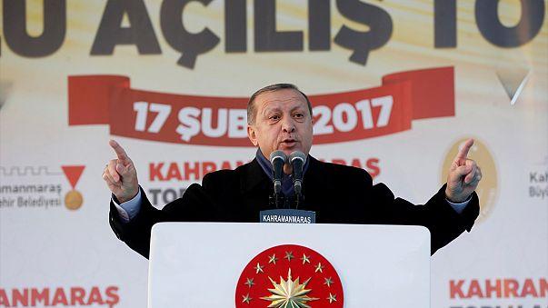 """إردوغان يبدأ حملته للاستفتاء حول """"النظام الرئاسي"""""""