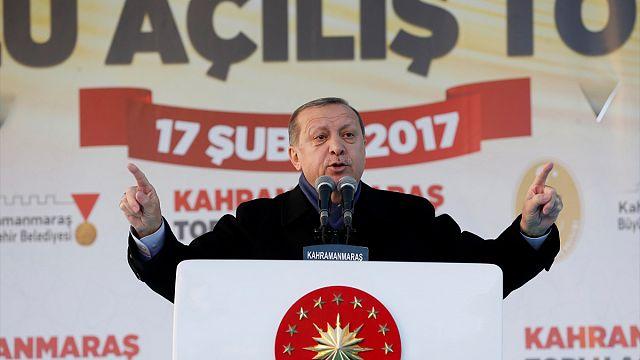 آغاز کارزار اردوغان برای پیروزی در همه پرسی تغییرات در قانون اساسی ترکیه