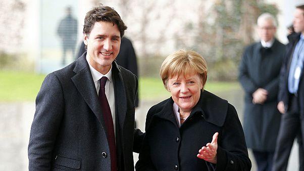 Merkel recibe a Trudeau en Berlín con el acuerdo Ceta como telón de fondo