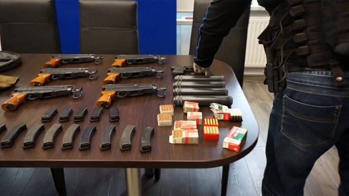 Police in Poland smash massive weapons ring